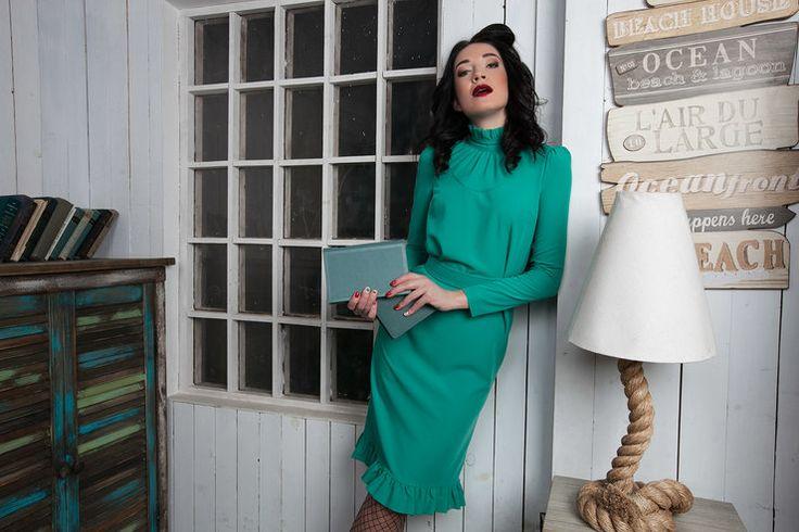 Как из журнала мод: 6 бюджетных и актуальных ретро-луков от Vika Smolyanitskaya | Журнал Cosmopolitan