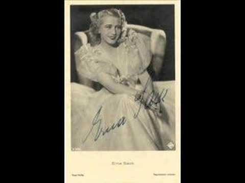 "Erna Sack sings Glühwürmchen-Idyll from the operetta ""Lysistrata"" - YouTube"