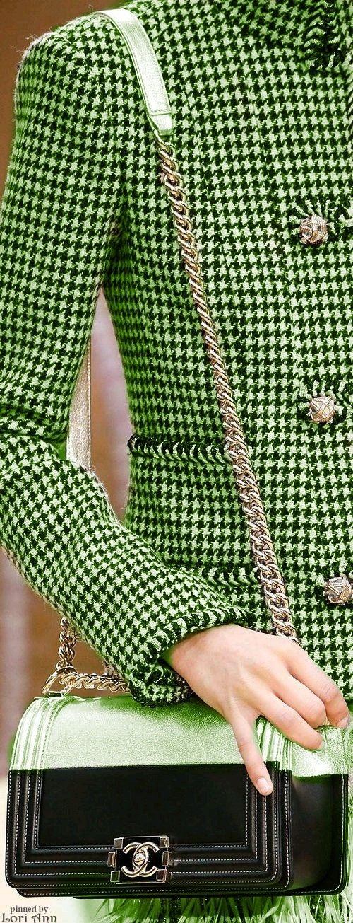 Green - Chanel Fall 2015 RTW, Classic herringbone #NMshoelove #NMhandbags - http://www.style.com