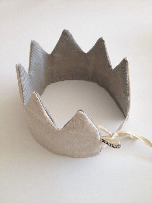 Happy Kingsday! Handmade crown (of 100%... - blogbloeme