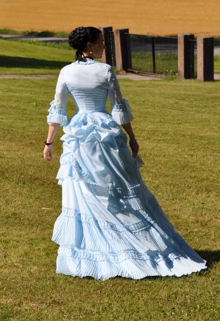 Before the Automobile: 1871 dress