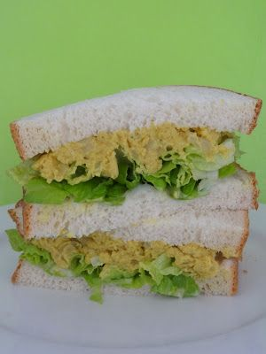 "Veganise This!: Vegan MoFo Day 6 - Free Fridays - Curried ""egg"" sandwiches and Beanatouille"
