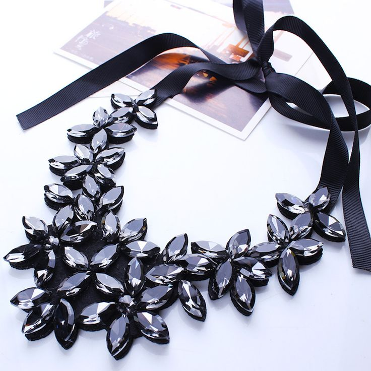 High Quality Black Crystal Necklace Women Crystal Flower Pendant Statement Necklace Ribbon Choker Bib Collar Necklace Jewelry