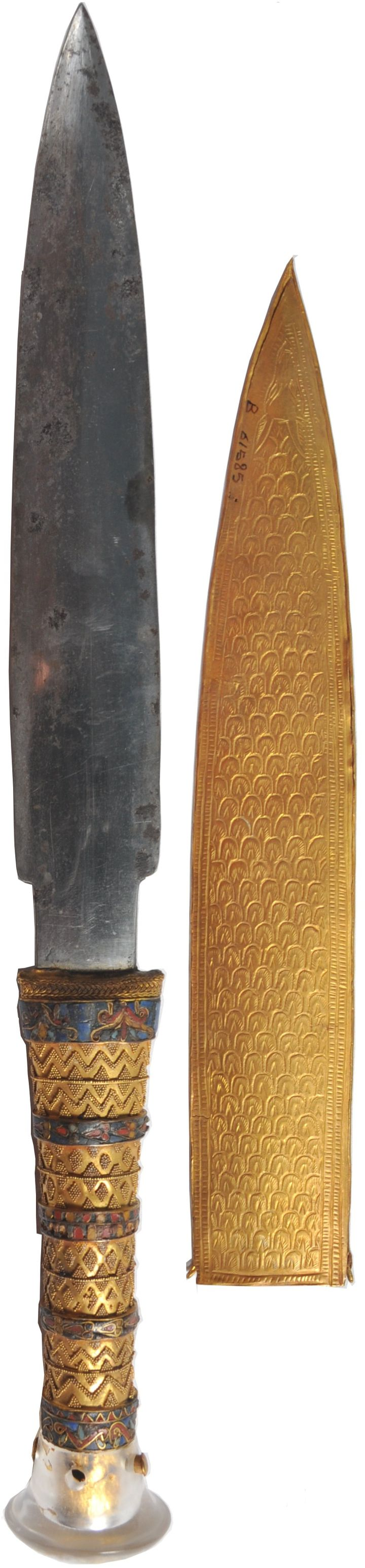 *EGYPT~KingTut's knife,was made w/ iron that came from a meteorite,acc.to an article in the journal Meteoritics+ Planetary Science,pub.online last mo. The dagger,1of2 found in the wrapping of KingTut's mummified body.The1st knife has a blade of gold,while the iron dagger has a gold handle rock crystal pommel+jackal-decorated sheath.The iron knife puzzled researchers for91yrs, as ironwork was rare in ancientEgypt. Being more than3,300yrs old,it shows no signs of rust,according toThe Guardian.