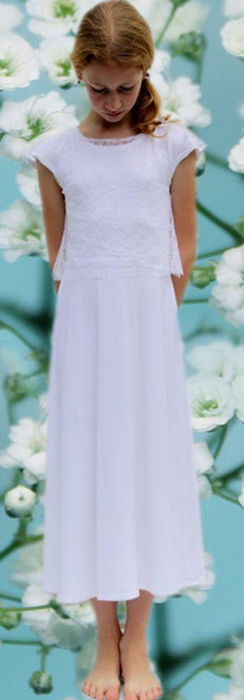 Ein Modelabel aus München Anfertigungen weißer Kleider für Hochzeit  Kommunion Taufe und tragbare außergewöhnliche Tagesmode handmade fashion