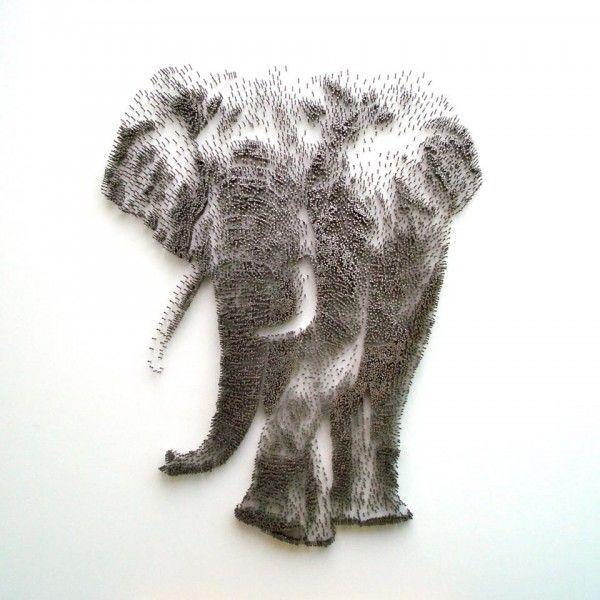 Kunst aus tausend Nägel von David Foster