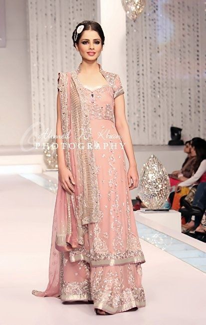 Latest Styles & Designs of Bridal Walima Dresses Collection 2015-2016 (26)