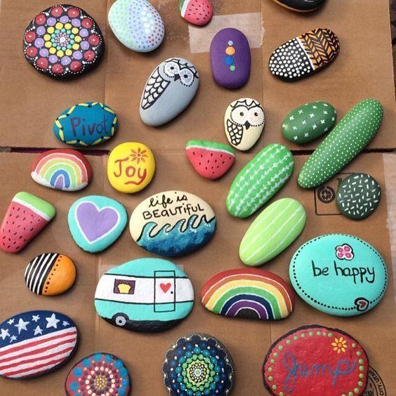 15 jolis bricolages à faire avec des roches