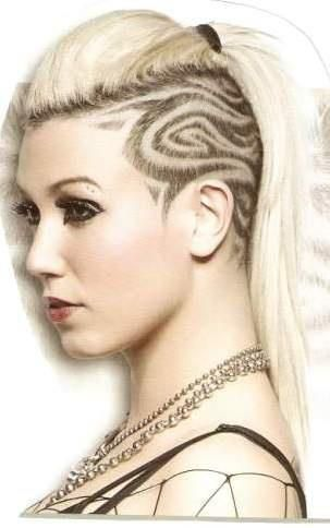 Think I'm gonna get a designed shaved into the side of my head I think it would look cute with my pixie cut!