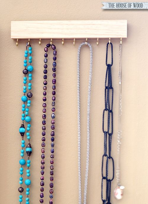 20 UHeart Organizing: Statement Jewelry Storage