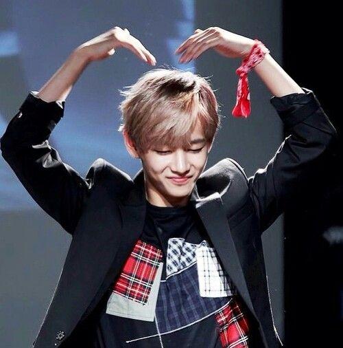 """Résultat de recherche d'images pour """"Taehyung heart"""""""