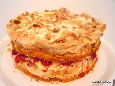 Este bolo de amendoas com recheio de framboesas (ou alguma outra fruta vermelha de sua preferencia) e limão é delicioso, com uma mistura de texturas e sabores e um visual bem sofisticado. Veja o passo a passo aqui. INGREDIENTES MASSA 120 gr.