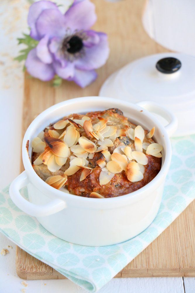 Peren ontbijtcake met walnoten en cranberries - Mind Your Feed