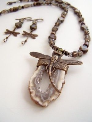 Dragonfly Geode Necklace by Jan Ketza  This was featured in Bead Trends Magazine