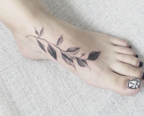 Blätter Tattoo Designs mit Bedeutungen – 30 Ideen
