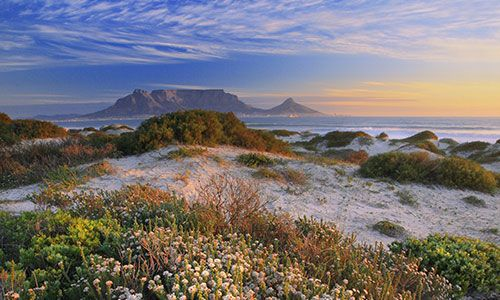 Table Mountain (Cape Town) one of the seven natural wonders of the world