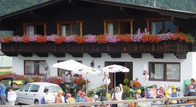 Sport Hotel Mountain High - 2 Sterne #Hotel - EUR 61 - #Hotels #Österreich #KirchdorfInTirol http://www.justigo.de/hotels/austria/kirchdorf-in-tirol/sport-mountain-high_38007.html
