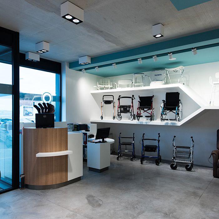 Web2 09 2015 0226 Kessler Orthopa C Die 017 Jpg Agencement Pharmacie Pharmacie Design Pharmacie