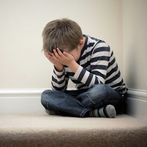 Troubled childhood may boost bipolar risk