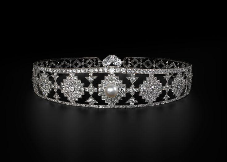 Cartier  Нью Йорк, 1924 г. Платина, природный жемчуг, круглые бриллианты старой огранки, два грушевидных бриллианта. Коллекция Cartier