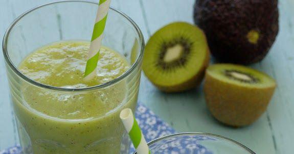 Cinco Quartos de Laranja: Sumo de kiwi com abacate e gengibre