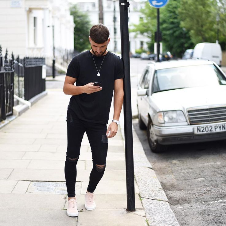 "2,190 Likes, 90 Comments - S A M M A R V I N (@schm91) on Instagram: ""Tee: @topman Jeans: @setinstone_clothing Kicks: @vans Chain: @chainedandable #LdnFashion #mwstyle…"""