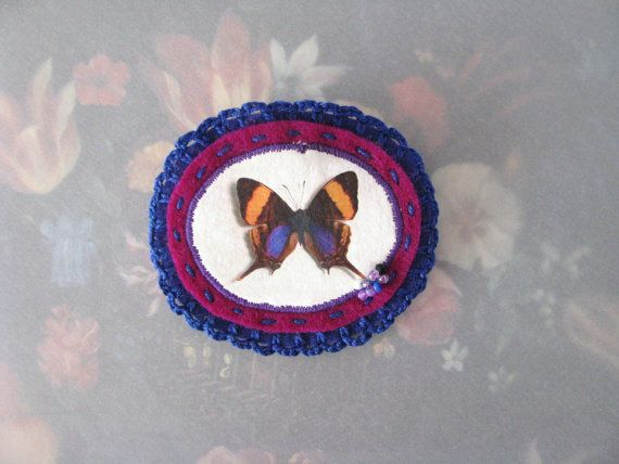 brooch with butterfly - purple and blue brooch - felt brooch - crocheted brooch - mothersday gift - free shipping