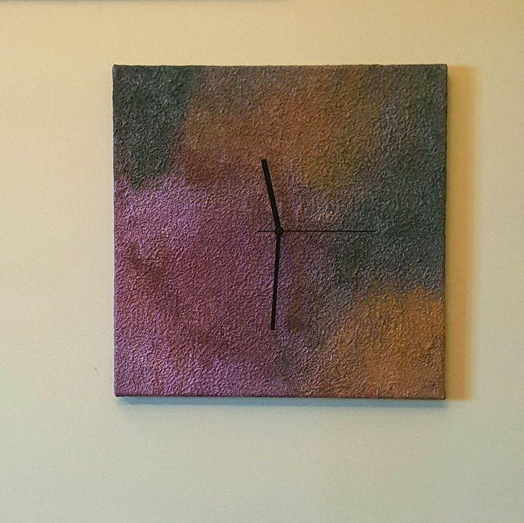 Orologio moderno da parete, colori verde-senape-bordeaux, handmade, home decor, arredo casa moderna, orologio quadrato design minimalista. di ArteLorizia su Etsy