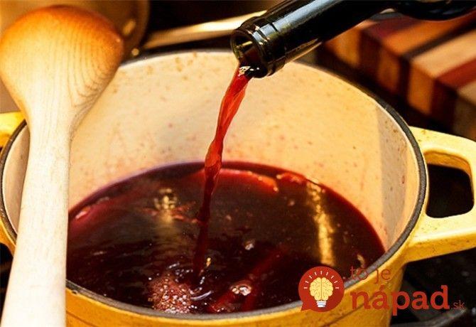 Tajomstvo najlepšieho vareného vína, z ktorého nebolí hlava: Trik odkukaný od tetušky z maďarských trhov, vyskúšajte a nebudete ľutovať!