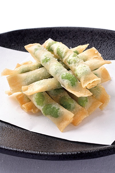 枝豆スティック春巻き / Edamame spring rolls