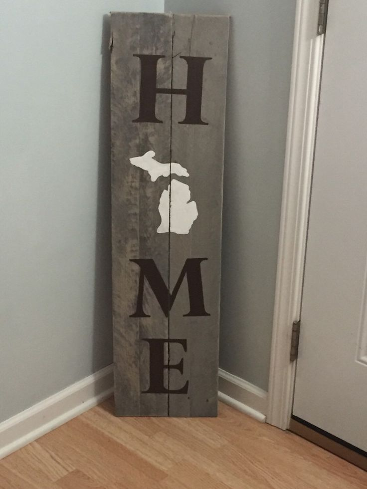Michigan HOME reclaimed barn wood sign I Entry Sign l Home decor l Michigan reclaimed barn wood decor l reclaimed wood sign l porch sign by WoodAndSpoons on Etsy https://www.etsy.com/listing/261372928/michigan-home-reclaimed-barn-wood-sign-i