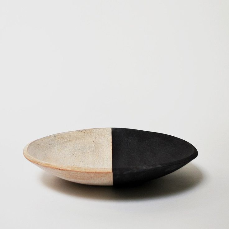 Designed and sculpted by Michele Quan in her Brooklyn studio, MQuan's ceramic art and objects are some of our favorites for home and garden. We think this hand-painted black and white bowl is perfect for fruit on the kitchen counter or as a display piece alone.