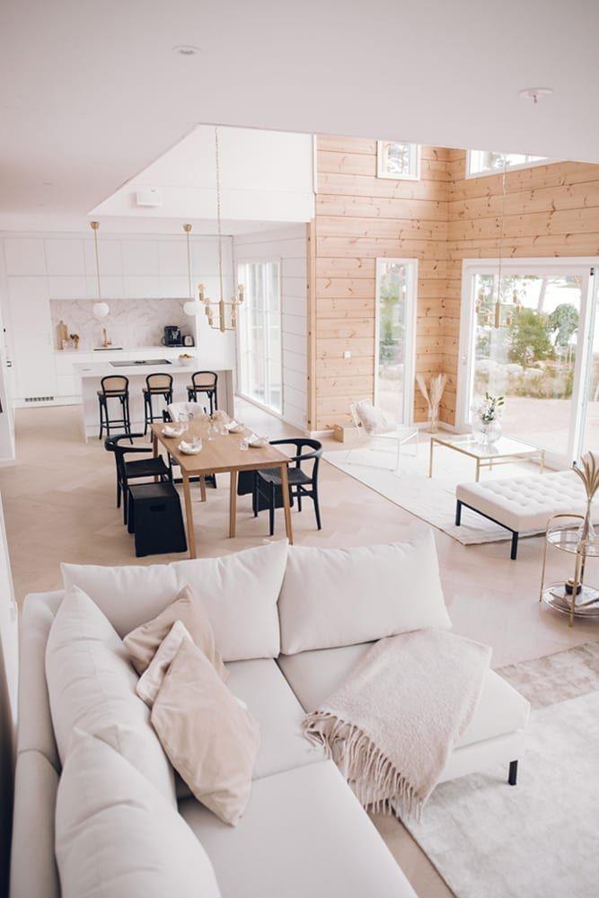 Inspiration For A Modern Log House Honka In 2020 Log Home Interior Modern Cabin Interior Log Home Interiors