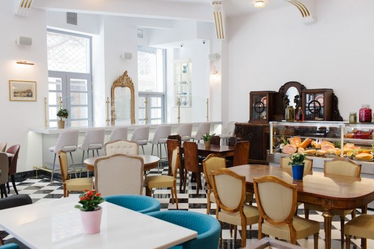 Nerantzi Restaurant, Metropoleos Street