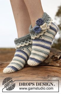 "Crochet DROPS slippers in ""Nepal"". ~ DROPS Design free pattern. Aran weight yarn, 4mm hook, various sizes."
