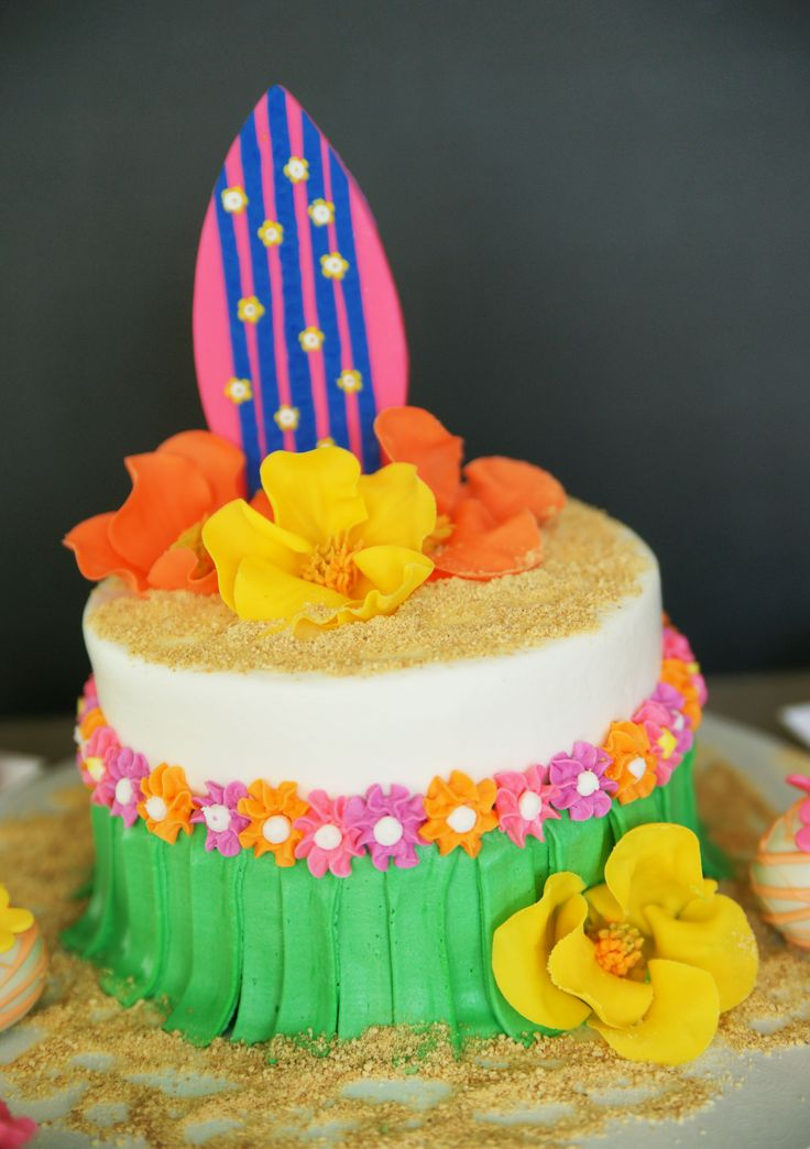 17 Best Ideas About Hawaiian Theme Cakes On Pinterest