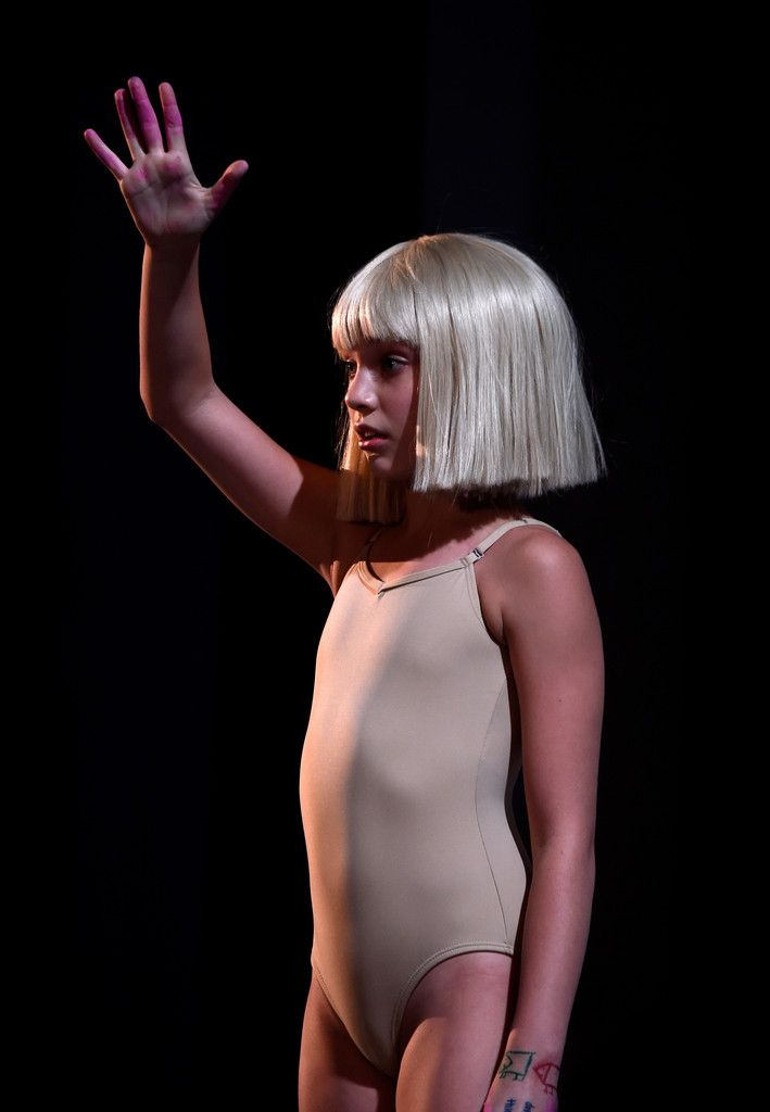 230 best images about Maddie Ziegler in Sia's Chandelier ...
