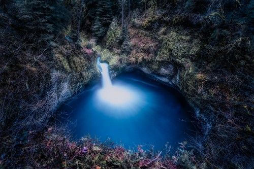 Punch Bowl Falls Oregon