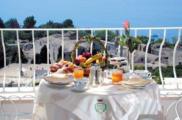 Breakfast QUISISANA hotel - Capri