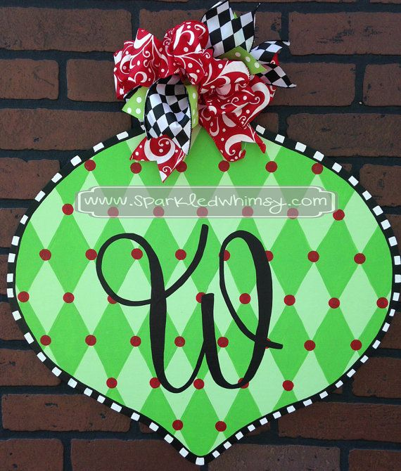 46 best Holiday Christmas and Winter Door Hangers images on
