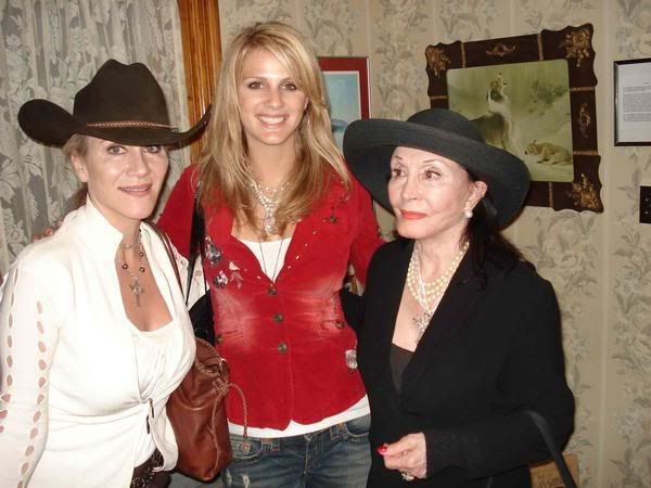 Aissa Wayne - Page 2 - Duke's Daughters - John Wayne ...