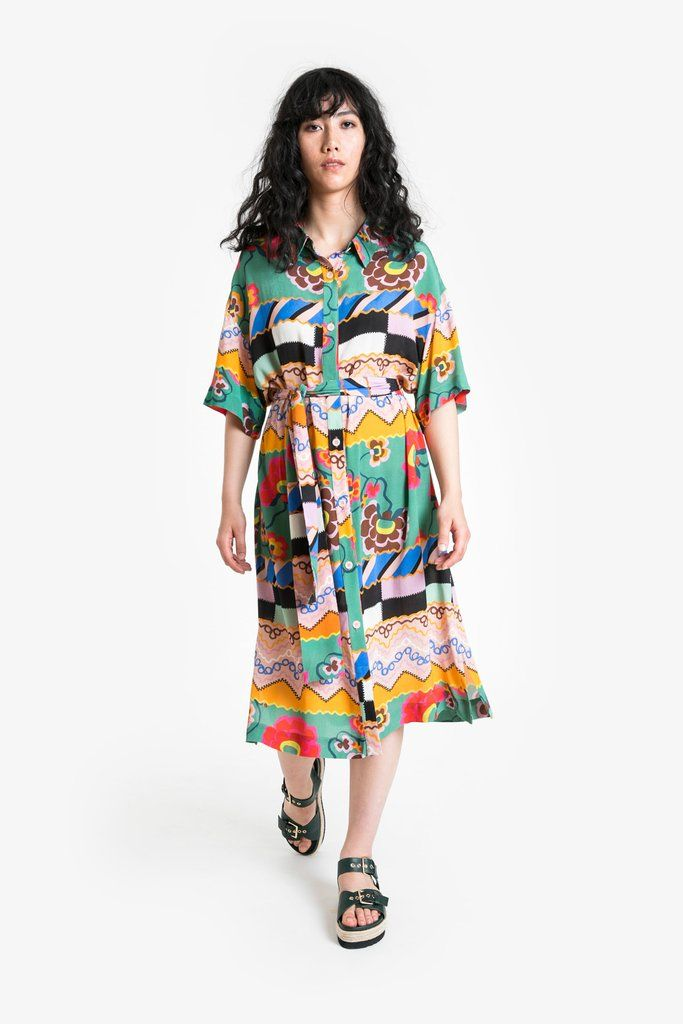 100 Viscose Crepe Brightly Coloured Drapey Shirt Dress Original Obus Print Heather Is 178cm Tall And Wears S Dresses Jumpsuit Dress Shirt Dress