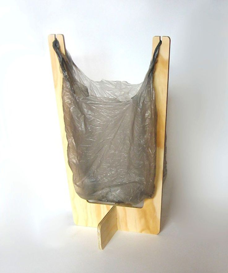 Good idea for camping. Wooden Shopping Bag trash bin-if it is short enough I would use under the sink in the kitchen. :)