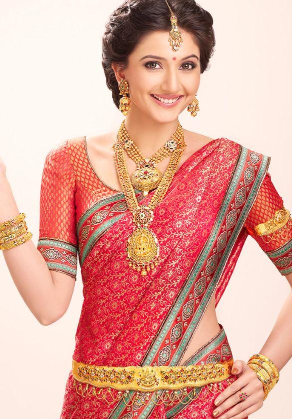 Beautiful bridal makeup & jewelry