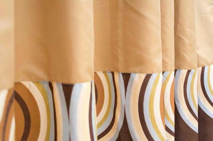 Combinación en tonos pasteles Shower curtain