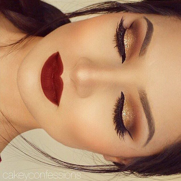 Holiday glam ✨❤️✨ @cakeyconfessions is picture perfect using our Wicked gel liner. // #sigmabeauty