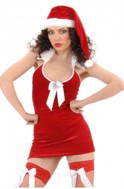 Seksi Noel Elbisesi, Yılın en görkemli gecesinde partnerinizi büyülemeye hazırmısınız! gece yarısı saatler 12 yi gösterdiğinde hernerede olursanız olun tarzınızla fark yaratın. Kadife kumaştan hazırlanmış, sırt dekolteli, vücudunuzu saracak seksi mini elbise, fileli çoraplar ve şapka. Sitemizden almış olduğunuz ürünlerin paketlenmesi içeriği belli olmayacak şekilde hazırlanır. Kargo görevlisi de dahil olmak üzere üçüncü şahıslar kargonun içeriğinde ne olduğunu kesinlikle bilmezler.