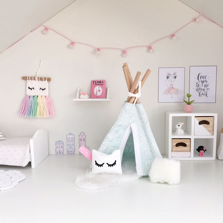 Pretty Little Minis Sell A Range Of Modern Dollhouse Furniture And