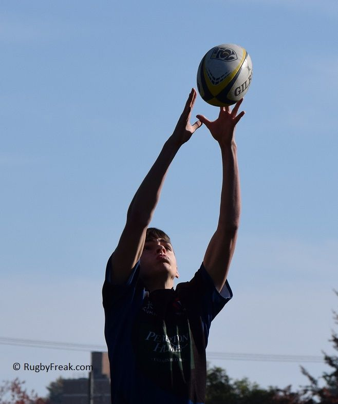 Youth rugby player reaches up to catch a perfectly thrown in ball. #rugbyfreak #sofreaky #loverugby #bcrugby #rugby