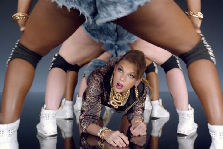 Taylor Swift's new video 'Shake It Off' features twerking, for you haters. Timing '1989' and the unrest in Ferguson: You can't please everyone, you should please a few